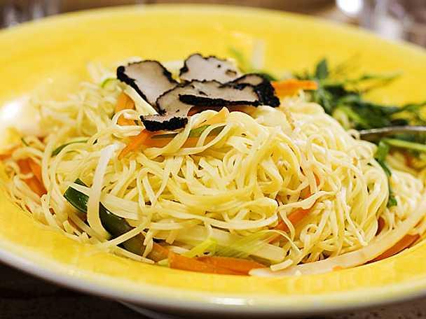 Färsk pasta med tryffel