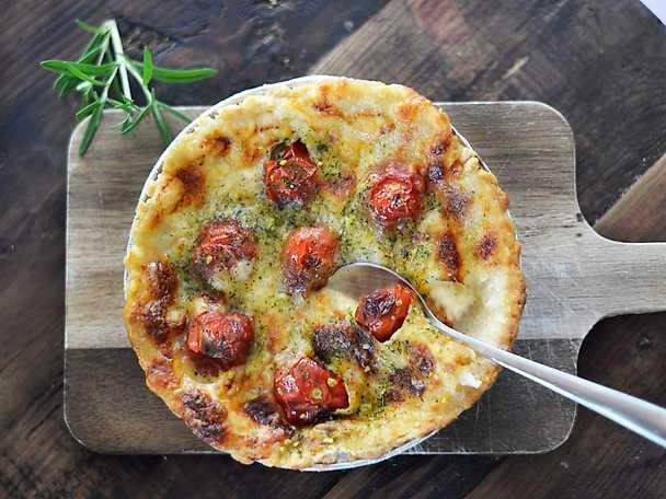 Felix Tomat & ramslökspaj med tre sorters ost