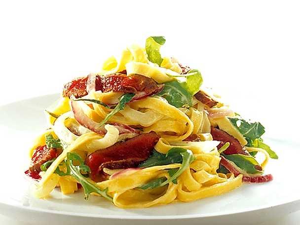 Fettuccini med lamm, rosmarin och fänkål