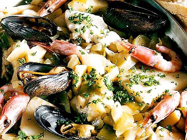 Fisk- och skaldjursgryta med musslor