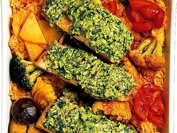 Fisk på grönsaksris