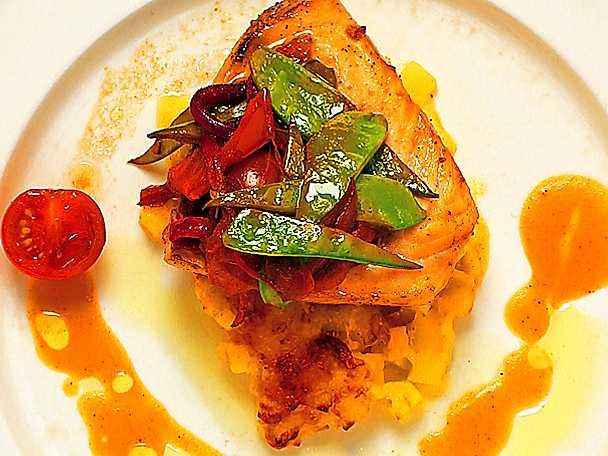 Fiskfilé med paprikasås