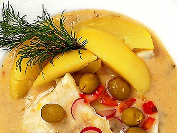 Fiskgryta med oliver