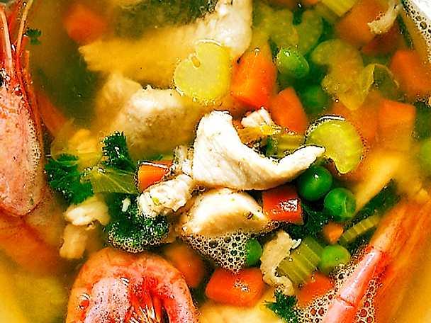 Fisksoppa med räkor