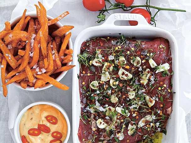 Flankstek med pico de gallo, chilibea och sötpotatispommes