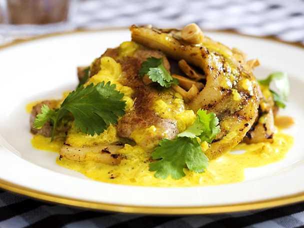Fläskfilé med curry och banan