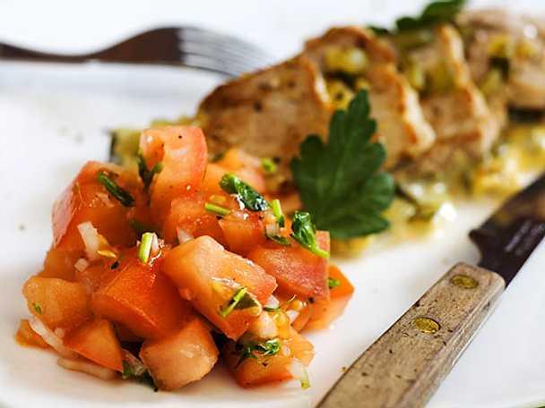 Fläskfilé med dijonsenap och tomatsallad