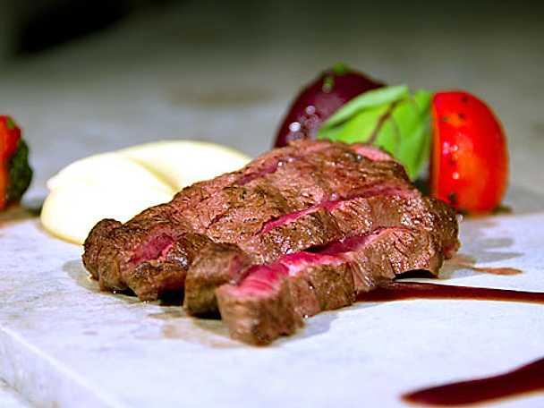 Flat iron steak med gotländska betor
