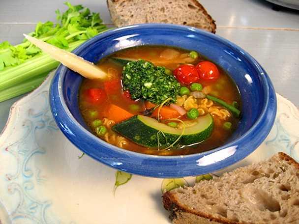 Fransk grönsakssoppa med Pistou