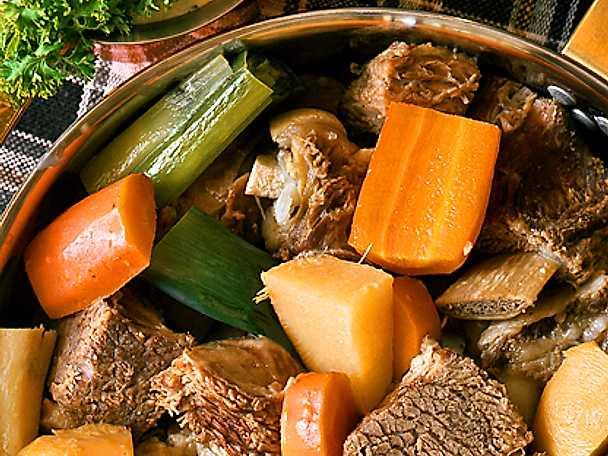 Fransk kött- och grönsaksgryta
