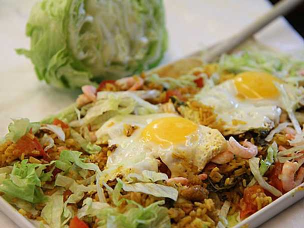 Fried rice med gul curry