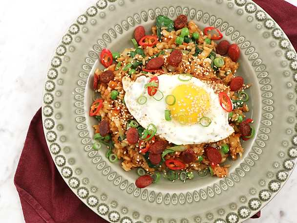 Fried rice med het chilikorv