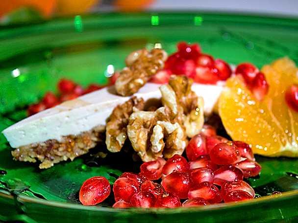 Frisk grekisk tarte med fikon och valnötter