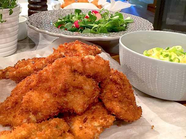 Friterad kyckling med curry- och ingefäracrème