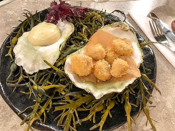 Friterade ostron med yuzu och chilimajonnäs