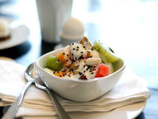 Frukostfrukt med topping