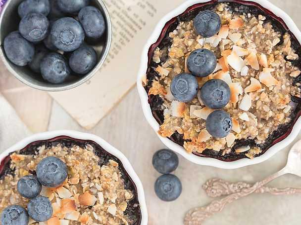 Frukostpaj med blåbär