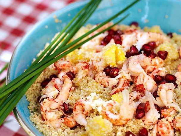 Fruktig quinoasallad med skaldjur