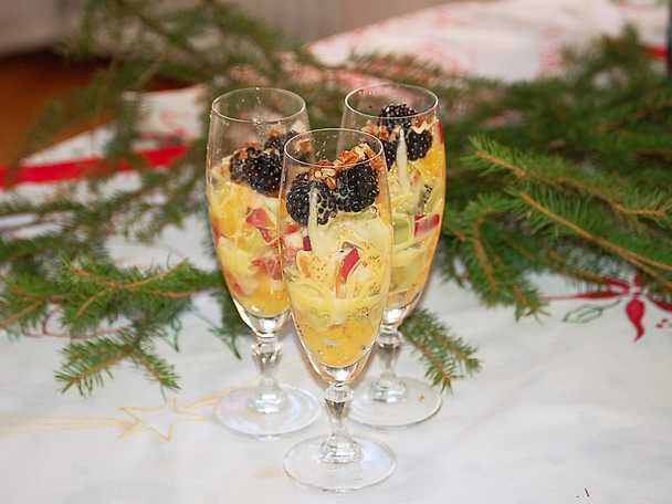 Fruktsallad med sabayonne
