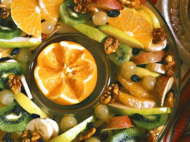 Fruktsallad med valnötter