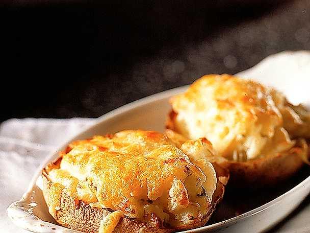 Fylld bakad potatis