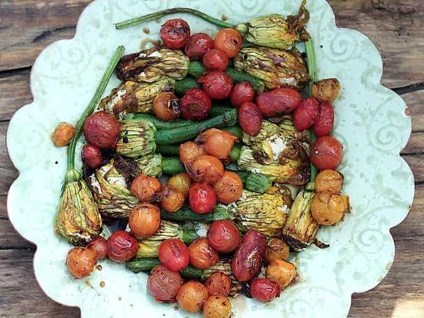 Fyllda zucchiniblommor