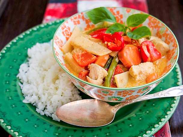 Gaeng ped - röd thaicurry