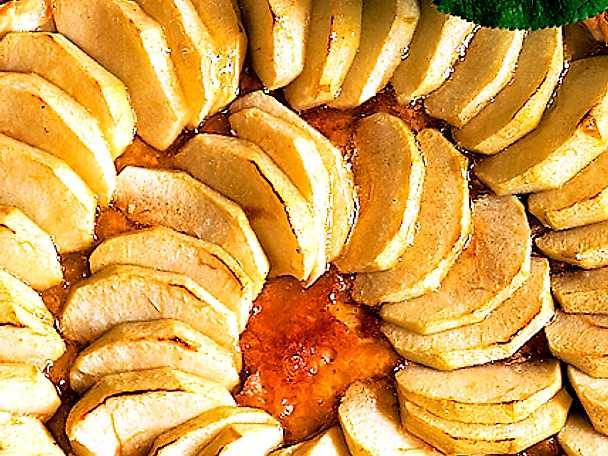 Glaserat äppelflan