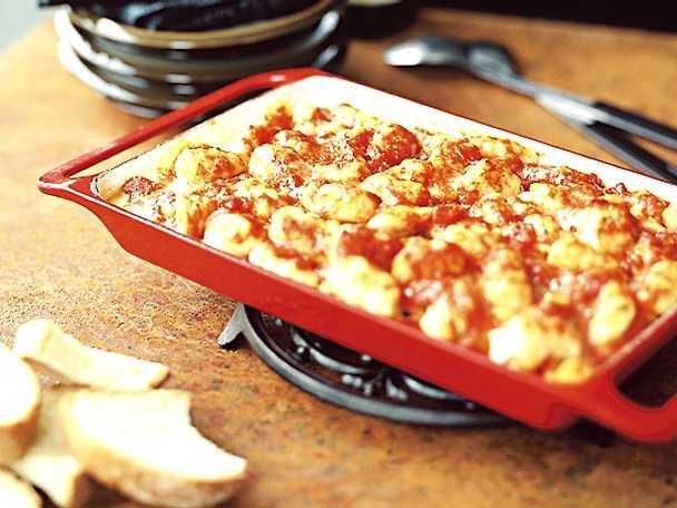 Gnocchi di patate con salsa di pomodoro, gratinati al forno