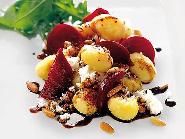 Gnocchi med rödbetor och balsamicosirap