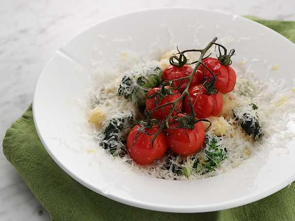 Gnocchi med sidfläsk och salvia