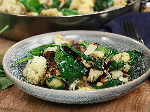 Gnocchi med ugnsbakad blomkål och spenat