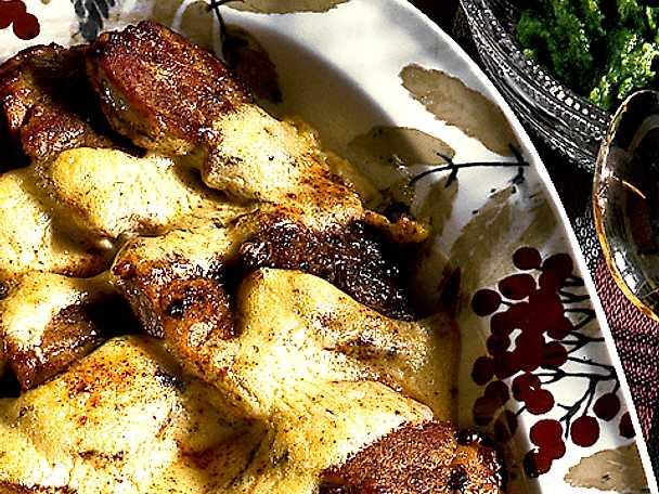 Gratinerad fläskfilé med broccolimousse