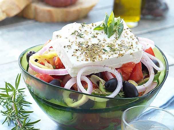 Grekisk sallad - Horiatiki salata