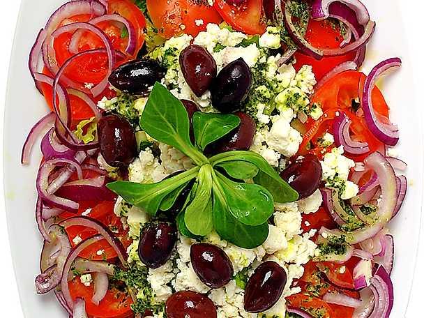 Grekisk sallad med sardeller