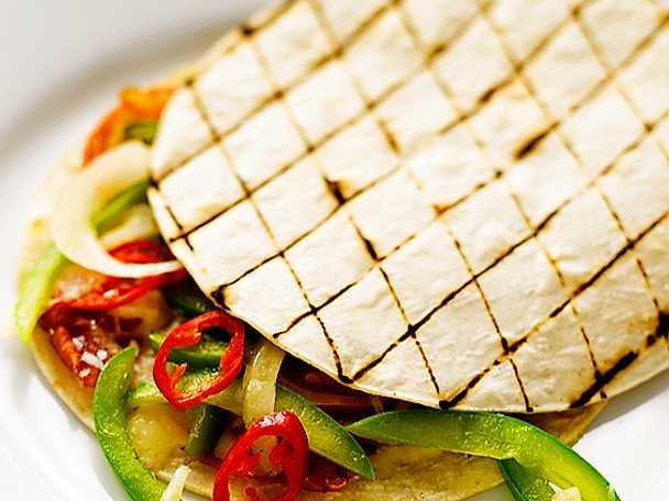 Grillad quesadilla av majstortillas