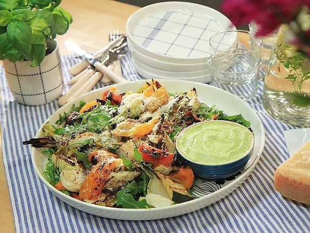 Grillade grönsaker med basilika- och citronmajonnäs