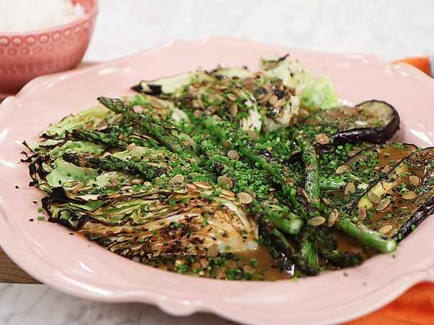Grillade grönsaker med brynt misosmör