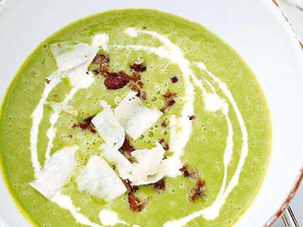 soppa med gröna ärtor