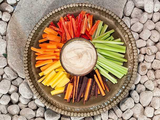 Grönsaker med tahinidipp