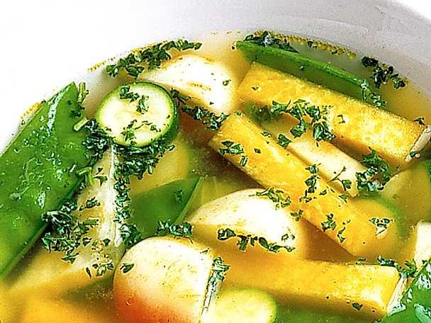 Grönsakssoppa med mannagrynsklimp