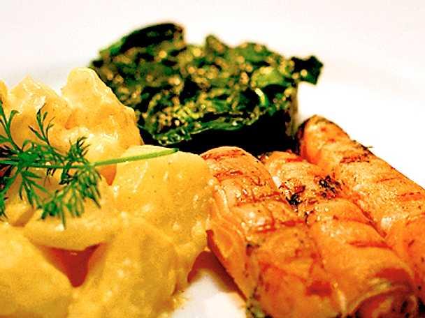 Halstrad gravad lax med senapsstuvad potatis