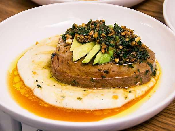 Halstrad tonfisk med cassavapuré