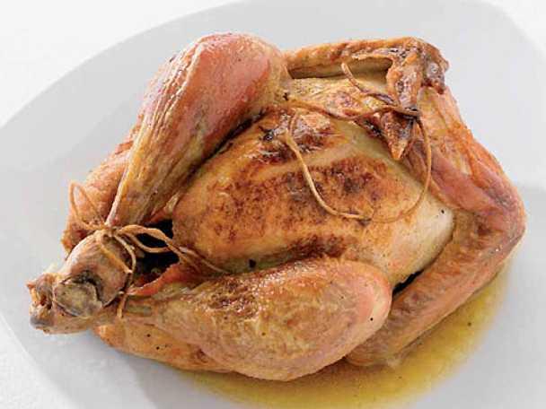 Helgrillad kyckling med ekologiskt smör