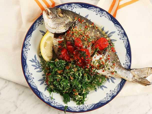 Helstekt fisk med tabbouli