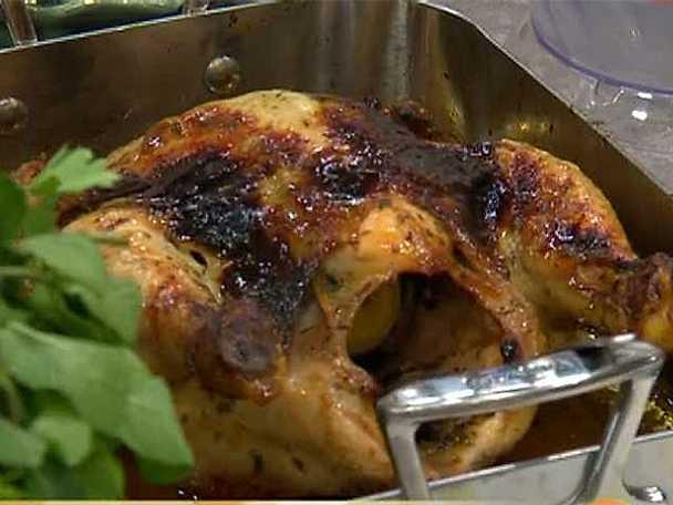 Helstekt kyckling med citrus- och örtsmör
