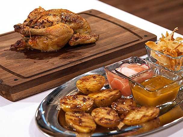 Helstekt kyckling med kryddsmör