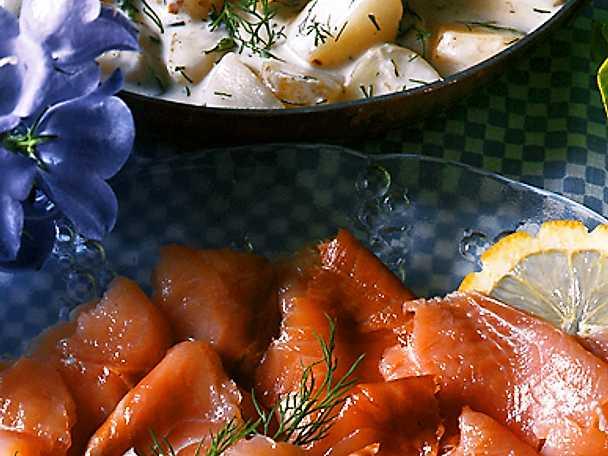 Hemrimmad lax med dillstuvad potatis