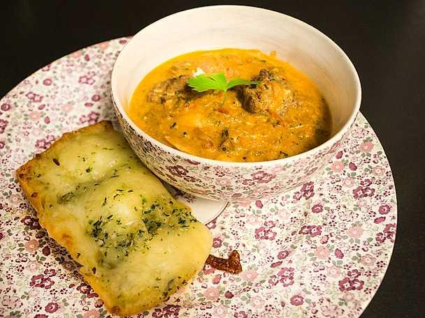 Het soppa med smaker från Marocko