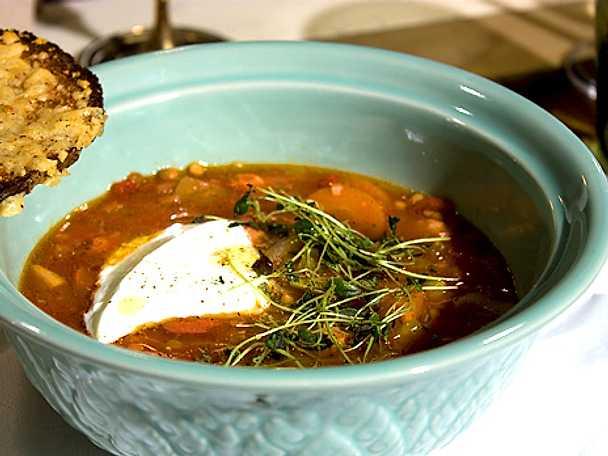 Het spansk linsgryta med chorizo